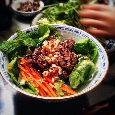 Vermicelli noodle salads w/ grilled beef