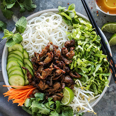 Vermicelli noodle salads w/ fried pork filet