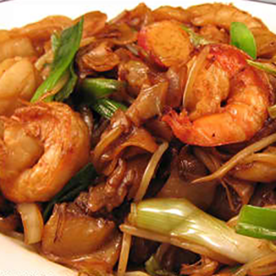 Stir fried rice noodle w/ shrimp