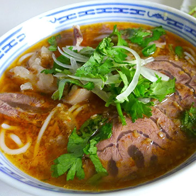 Bún Bò Huế w/ spicy beef and pork hock