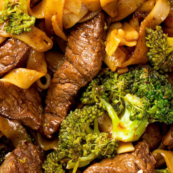 Special combination entrees w/ beef and broccoli
